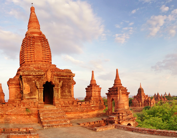 Bagan Temples: Lawkaoushaung Temple in Bagan is one of the best places to watch the sunrise.