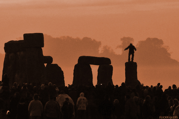 Druids Descend upon Stonehenge for the Summer Solstice Festival (via)